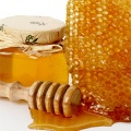 raw  comb honey  from China pure honeycomb - pure comb honey