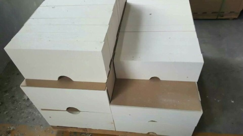 Corundum brick for glass furnace - Corundum brick