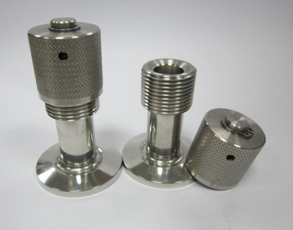 Up to air valve vacuum breaker leak port
